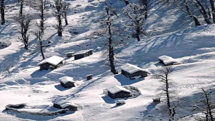 برف ارتفاعات املش را سفیدپوش کرد