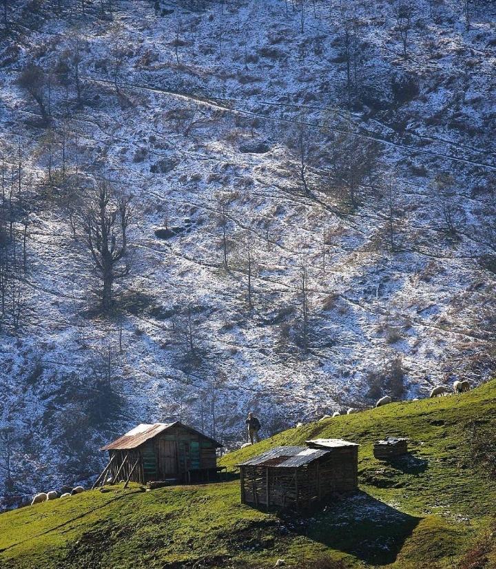 نمایی زیبا از ارتفاعات ماسال در گیلان
