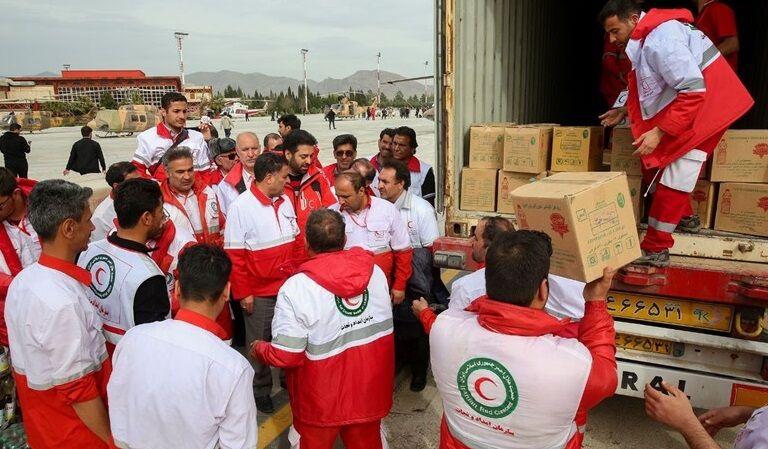 دومین محموله کمکهای امدادی بوشهر برای زلزله زدگان سی سخت ارسال شد